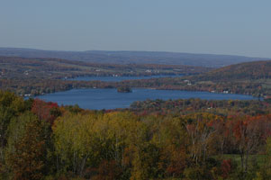 picture of lake views from Finger Lakes Trail